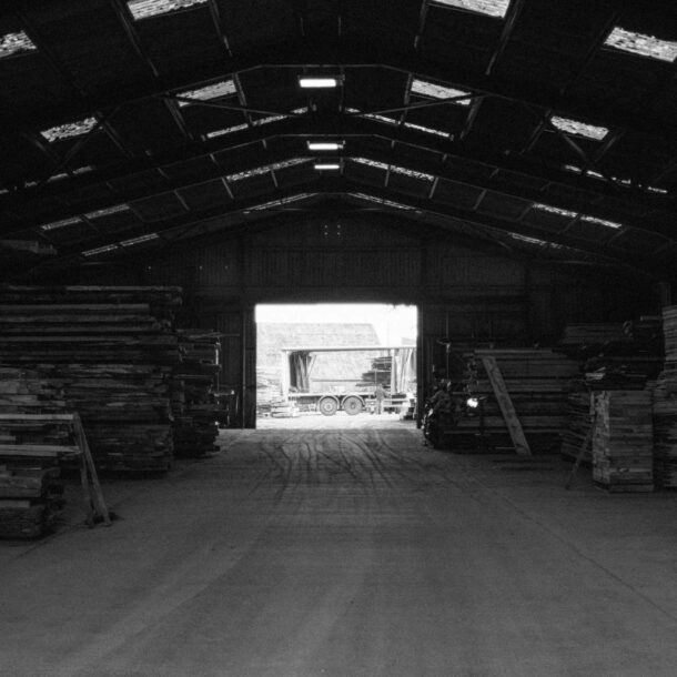 At Forest to Home, we relish making our regular visit to the sawmill. It enables us to join the dots, from the forest to our finished product.